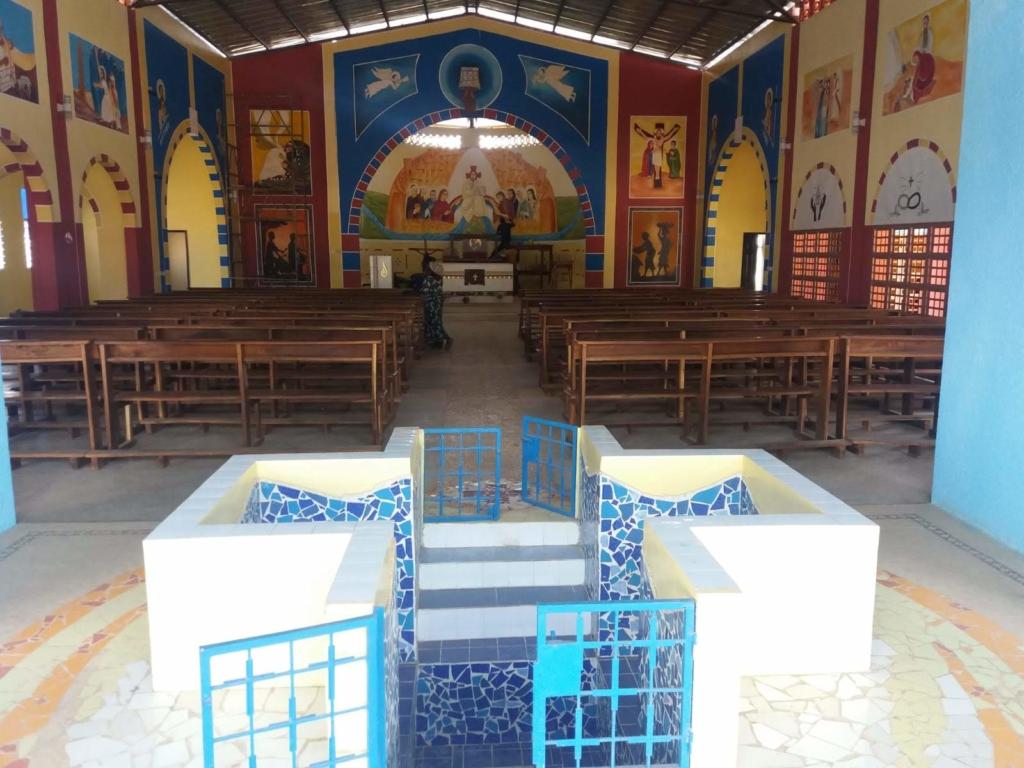 Il battistero della chiesa di Dianra Village